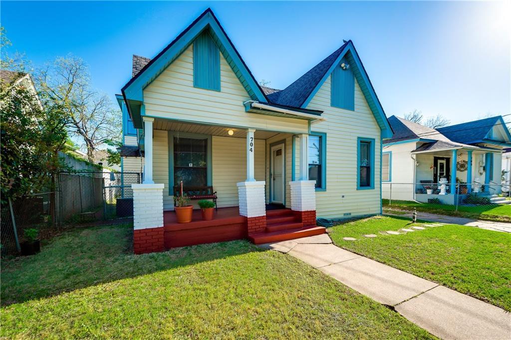 Sold Property | 704 W 8th Street Dallas, Texas 75208 0