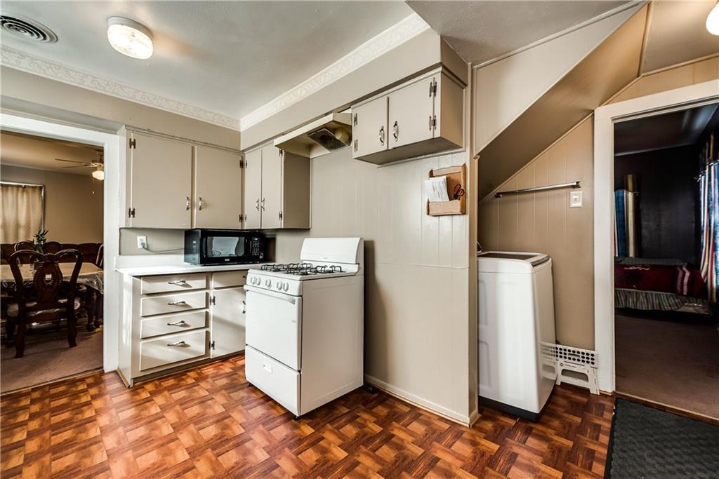Sold Property | 704 W 8th Street Dallas, Texas 75208 10