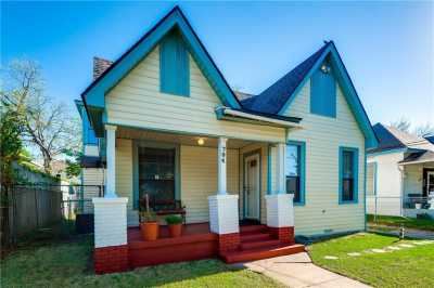 Sold Property | 704 W 8th Street Dallas, Texas 75208 1