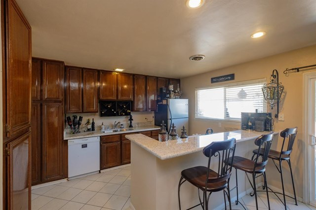 Closed | 12841 Spring Valley Parkway Victorville, CA 92395 1