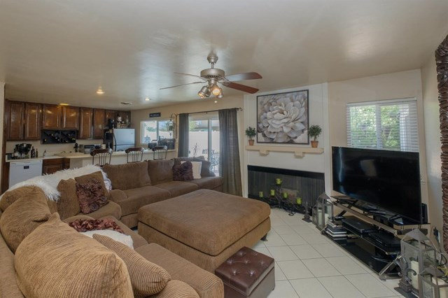 Closed | 12841 Spring Valley Parkway Victorville, CA 92395 14
