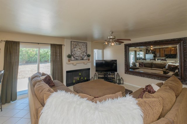 Closed | 12841 Spring Valley Parkway Victorville, CA 92395 16