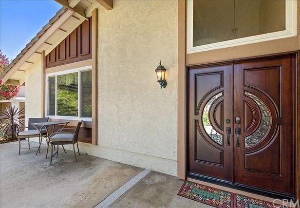 Active | 9165 Lemon Avenue Rancho Cucamonga, CA 91701 4