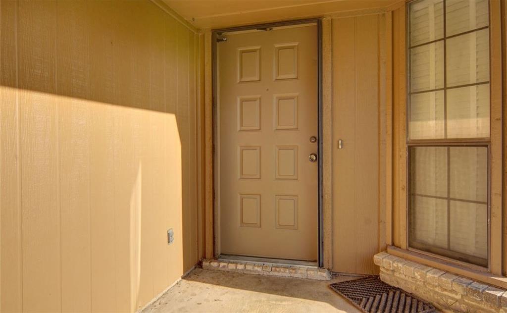 Sold Property | 6821 Ridgetop Road North Richland Hills, Texas 76182 4