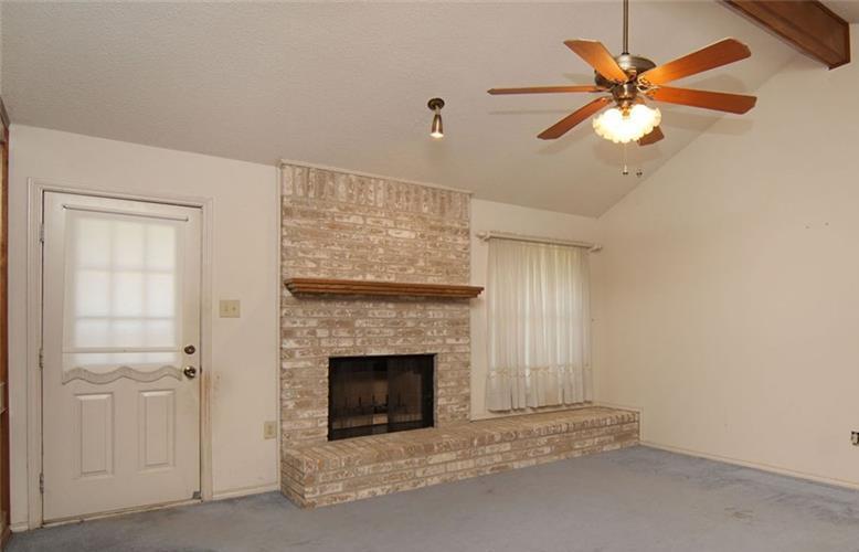 Sold Property | 6821 Ridgetop Road North Richland Hills, Texas 76182 8