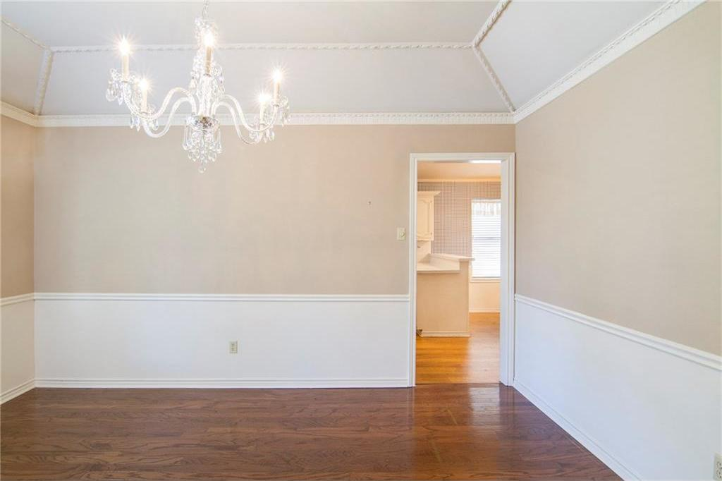 Sold Property | 8927 Maple Glen Drive Dallas, Texas 75231 10