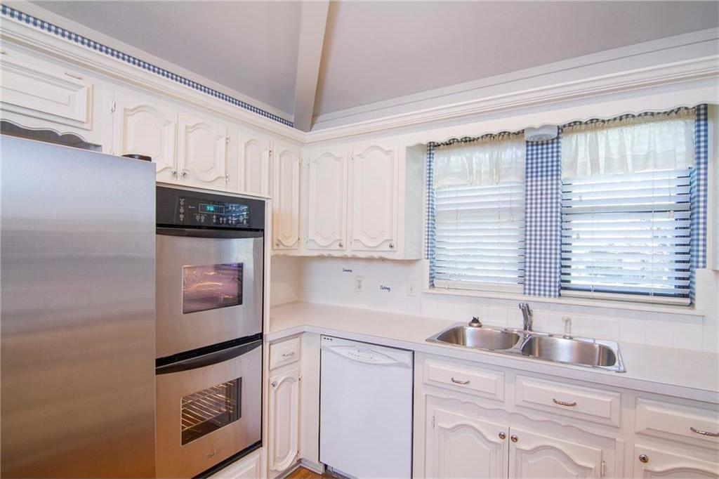 Sold Property | 8927 Maple Glen Drive Dallas, Texas 75231 16