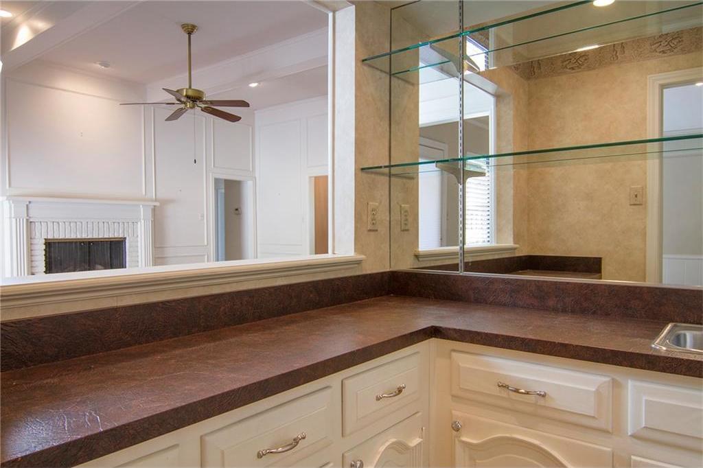Sold Property | 8927 Maple Glen Drive Dallas, Texas 75231 21