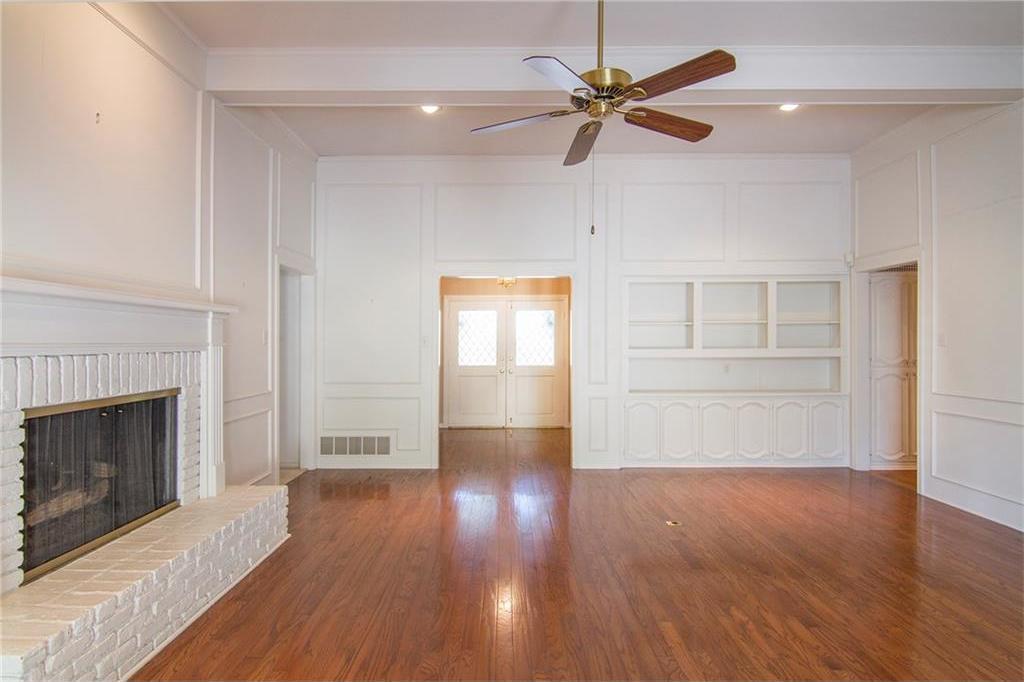 Sold Property | 8927 Maple Glen Drive Dallas, Texas 75231 5