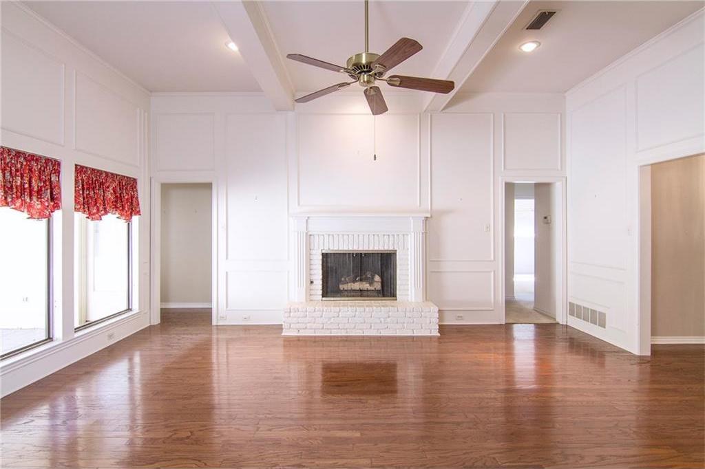 Sold Property | 8927 Maple Glen Drive Dallas, Texas 75231 6