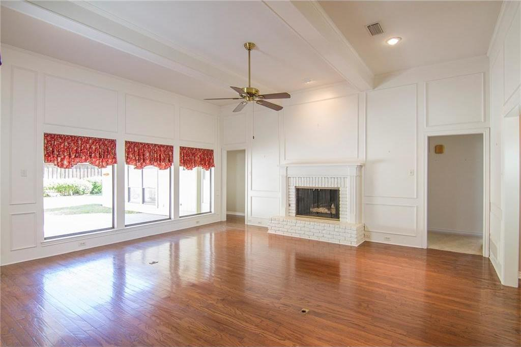 Sold Property | 8927 Maple Glen Drive Dallas, Texas 75231 7