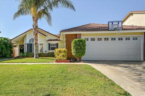 Active | 11422 Mount Wallace Court Rancho Cucamonga, CA 91737 1