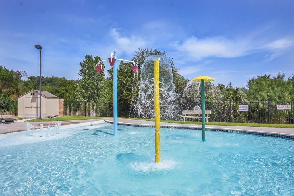 Sold Property | 113 Housefinch LOOP Leander, TX 78641 25