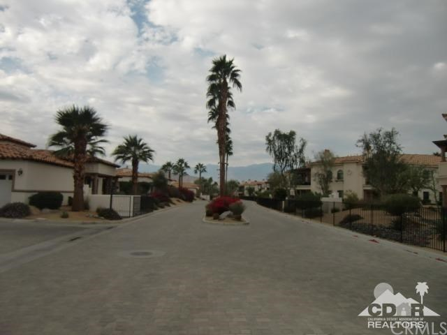 Closed | 2012 Via San Martino  Palm Desert, CA 92260 31