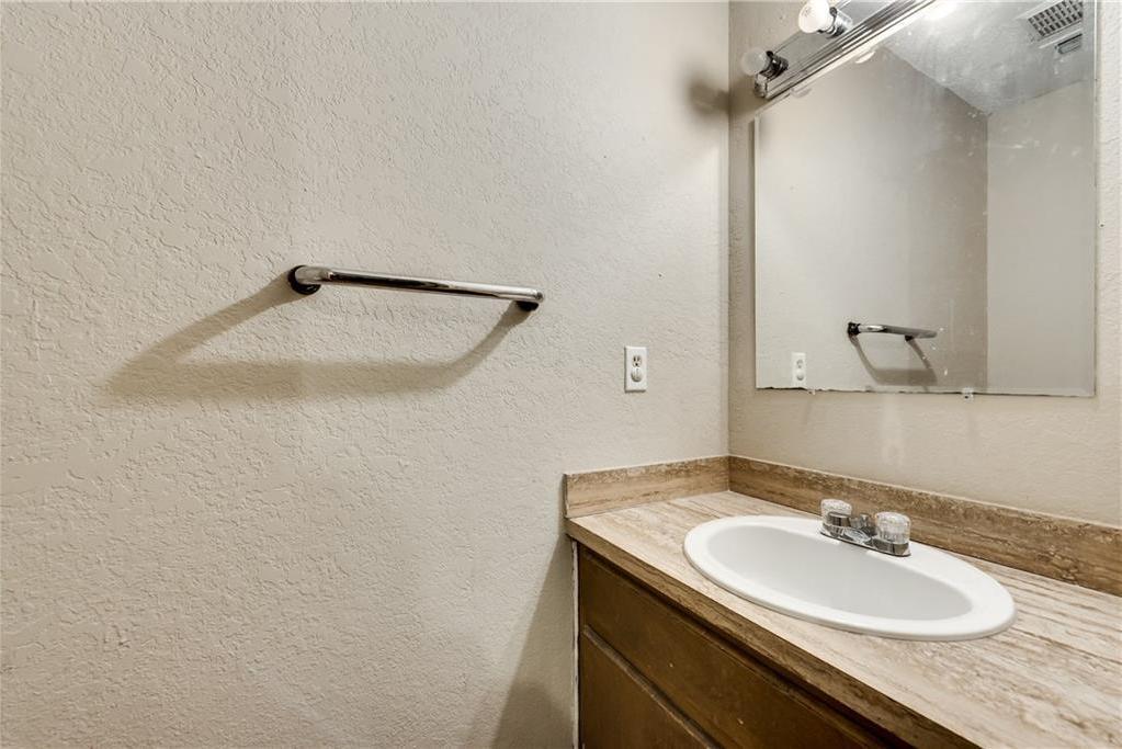 Sold Property   305 W Elm Street Howe, Texas 75459 14
