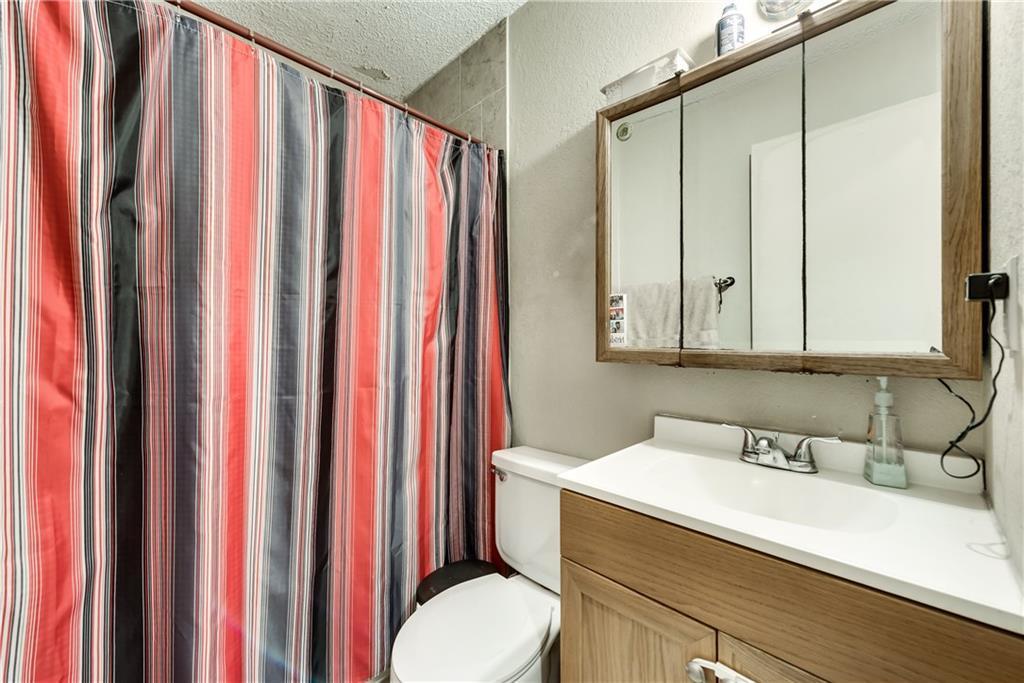 Sold Property   305 W Elm Street Howe, Texas 75459 20