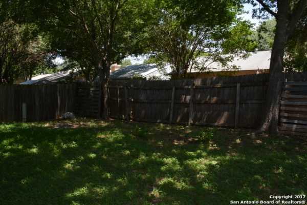 Property for Rent | 9611 MYSTIC BEND ST  San Antonio, TX 78250 16