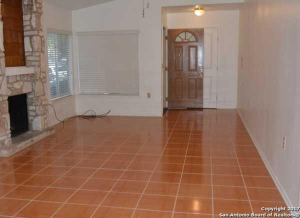 Property for Rent | 9611 MYSTIC BEND ST  San Antonio, TX 78250 3