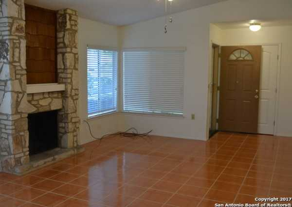 Property for Rent | 9611 MYSTIC BEND ST  San Antonio, TX 78250 4