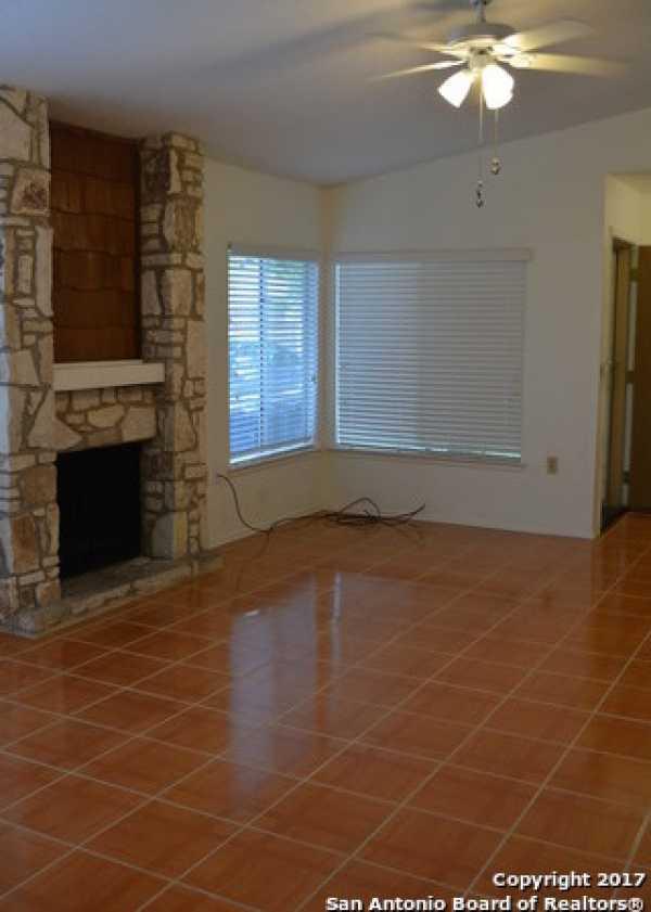 Property for Rent | 9611 MYSTIC BEND ST  San Antonio, TX 78250 6