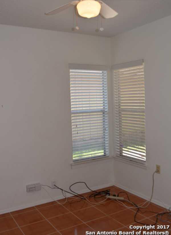Property for Rent | 9611 MYSTIC BEND ST  San Antonio, TX 78250 8