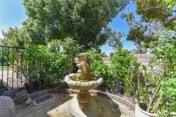 Active | 10111 Thorpe Court Rancho Cucamonga, CA 91737 8