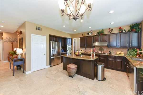 Active | 10111 Thorpe Court Rancho Cucamonga, CA 91737 21