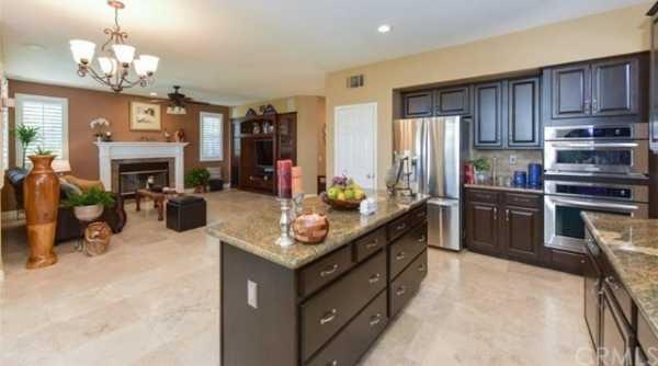 Active | 10111 Thorpe Court Rancho Cucamonga, CA 91737 22