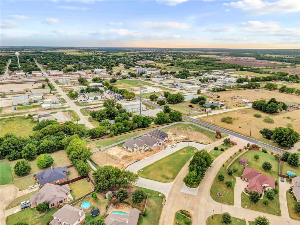 Active | 405 Monarch Way Justin, TX 76247 8
