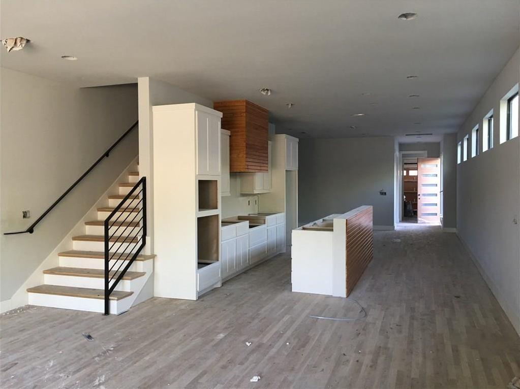 Sold Property | 5931 Oram Street Dallas, Texas 75206 2