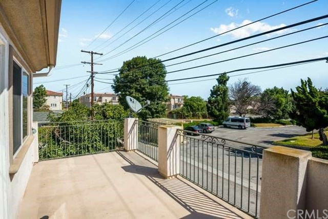 Closed | 2422 Apple  Avenue Torrance, CA 90501 33