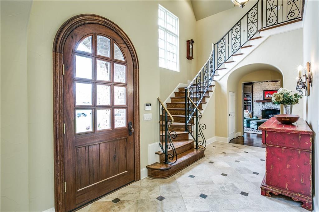 Sold Property | 6438 Prestonshire Lane Dallas, Texas 75225 4
