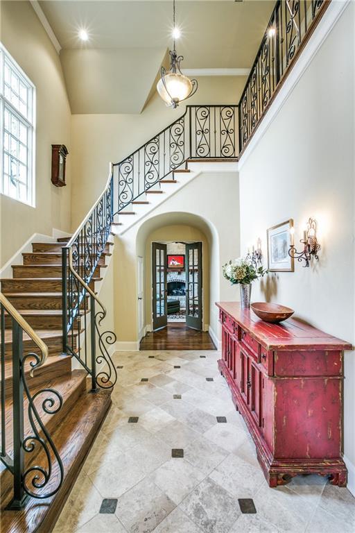 Sold Property | 6438 Prestonshire Lane Dallas, Texas 75225 5