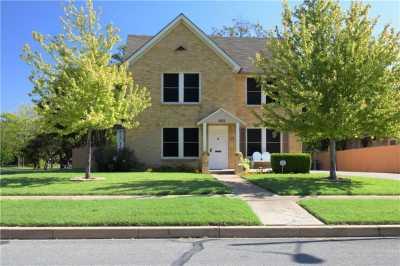 Sold Property | 902 S Oak Cliff Boulevard Dallas, Texas 75208 3