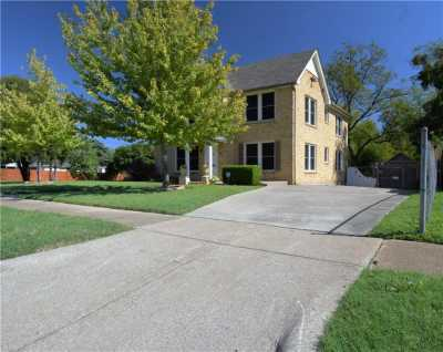Sold Property | 902 S Oak Cliff Boulevard Dallas, Texas 75208 4