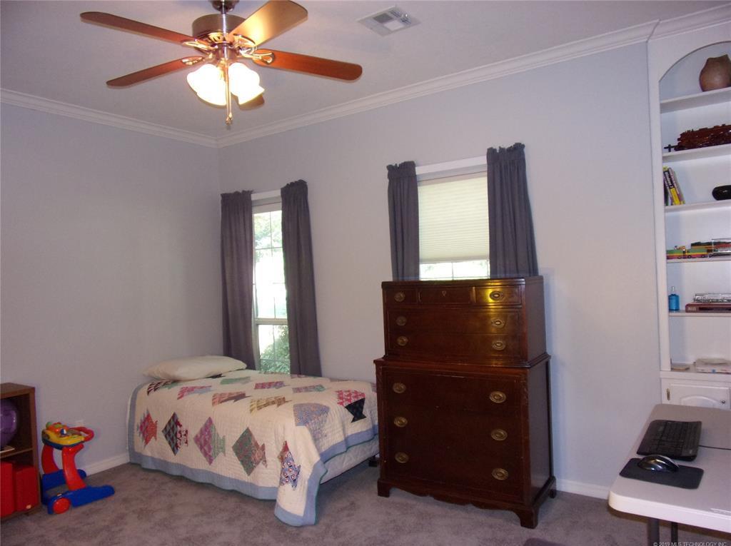 Active   1901 NE Oakridge Drive Claremore, Oklahoma 74017 22