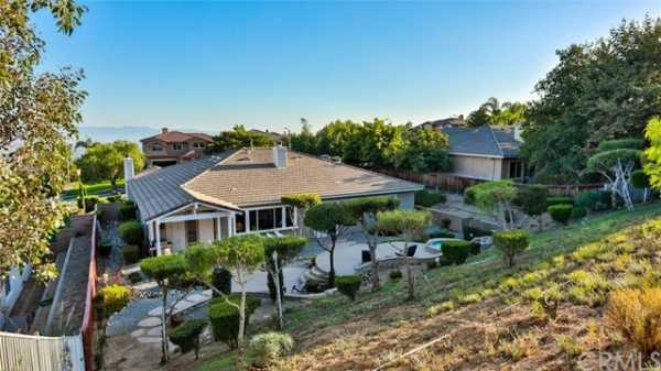 Active | 9950 Meadowood Drive Rancho Cucamonga, CA 91737 60