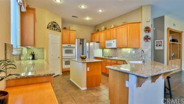 Active | 9950 Meadowood Drive Rancho Cucamonga, CA 91737 18