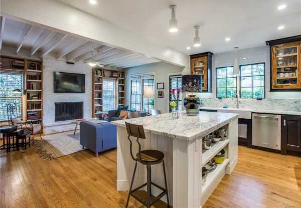 Sold Property | 6616 Lakewood Boulevard 22