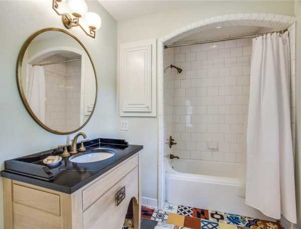 Sold Property | 6616 Lakewood Boulevard 29