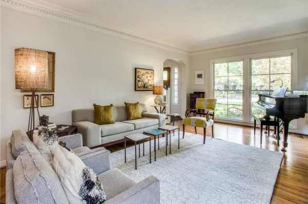Sold Property | 6616 Lakewood Boulevard 9