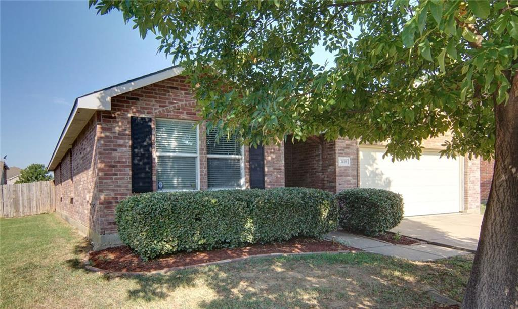 Sold Property | 7429 Candler Drive Fort Worth, Texas 76131 2