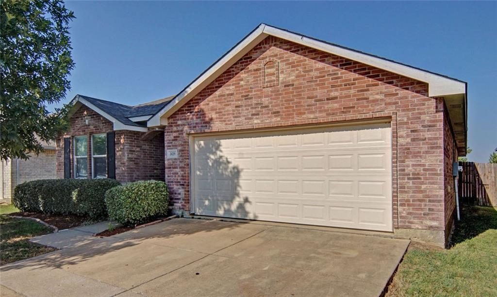 Sold Property | 7429 Candler Drive Fort Worth, Texas 76131 3