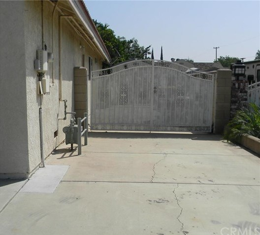 Closed | 2065 S Oakland Avenue Ontario, CA 91762 3