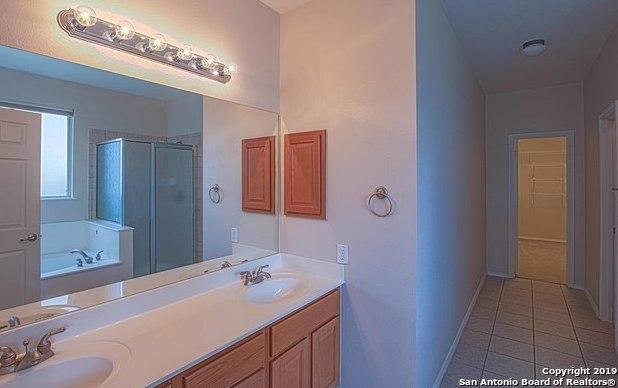 Property for Rent   129 DEERWOOD OAKS  Boerne, TX 78006 14