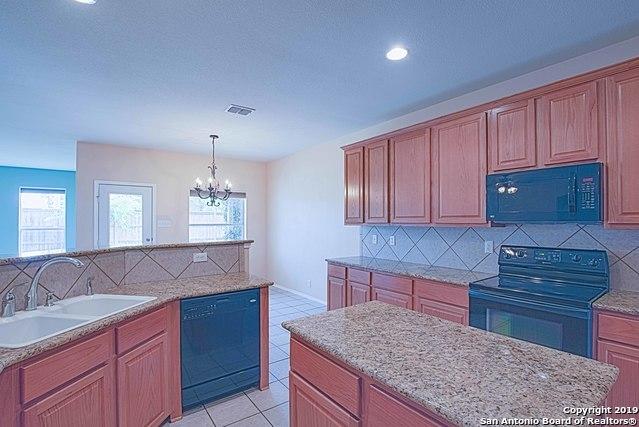 Property for Rent   129 DEERWOOD OAKS  Boerne, TX 78006 3