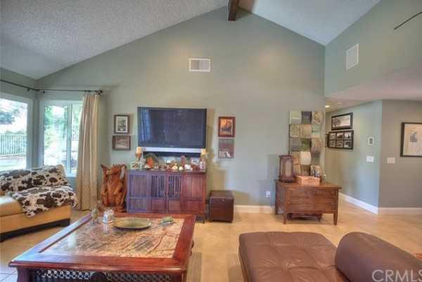 Active | 15503 Feldspar Drive Chino Hills, CA 91709 11