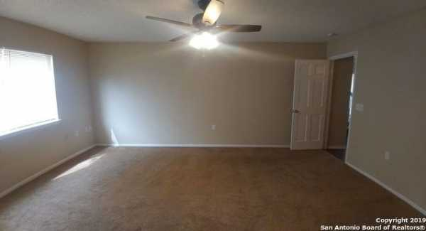 Property for Rent | 8123 COMANCHE PASS  Converse, TX 78109 8