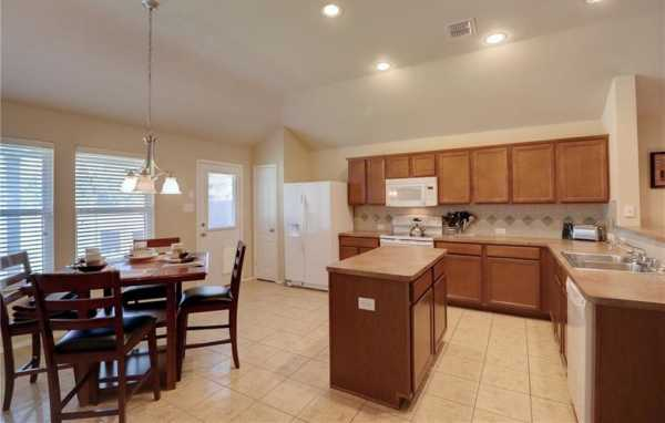 Active Option Contract | 1721 Ironworks Drive Dallas, Texas 75253 14