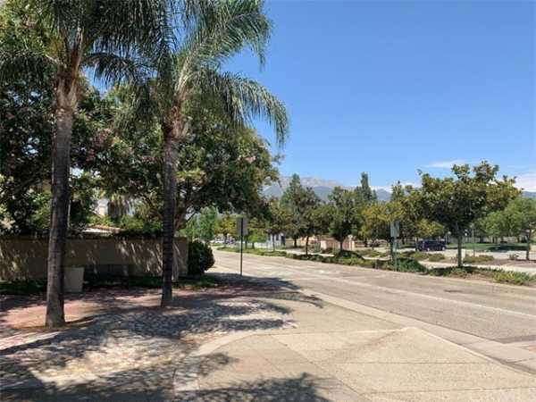 Active | 7649 Dickens Court Rancho Cucamonga, CA 91730 32